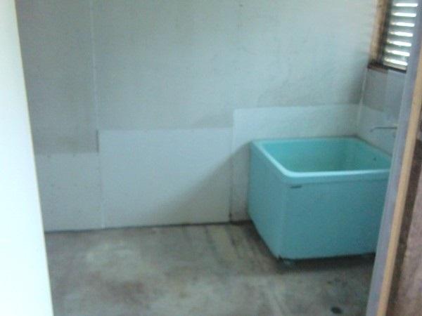 風呂・洗濯機置場