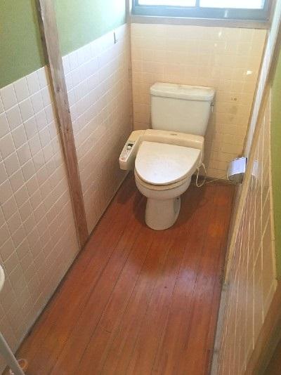 建物2トイレ