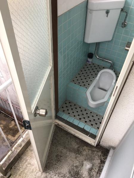 3Fトイレ(外)